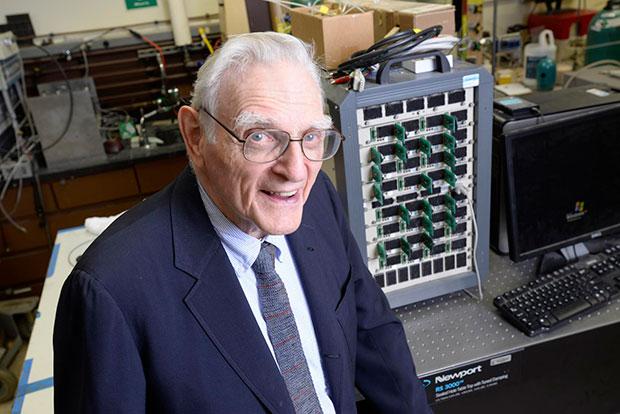 ВСША создан обновленный тип мощных аккамуляторных батарей наоснове марганца