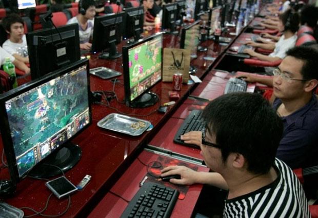 В КНР для игроков вводят комендантский час