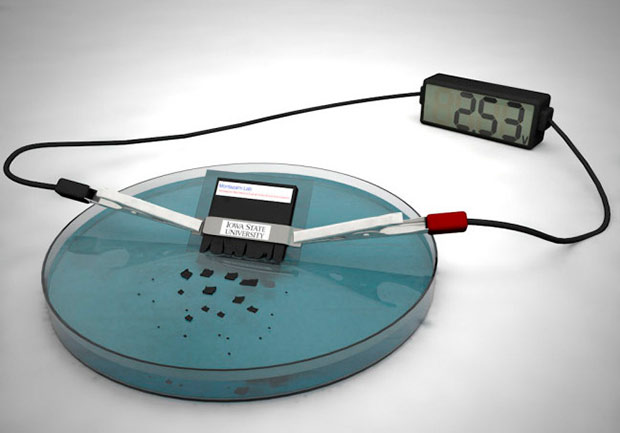 Ученые создали растворяющийся вводе аккумулятор