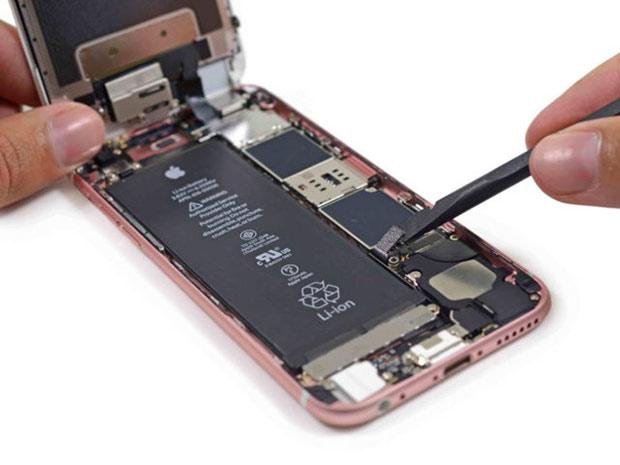 Проблема сотключающимися телефонами iPhone 6s неменее распространена, чем говорилось вначале