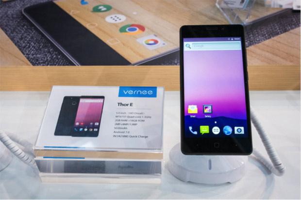 Представлены мобильные телефоны Vernee Thor семкими аккумуляторами