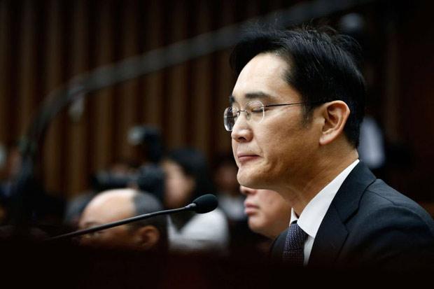Генпрокуратура Южной Кореи выдала ордер наарест вице-председателя Самсунг