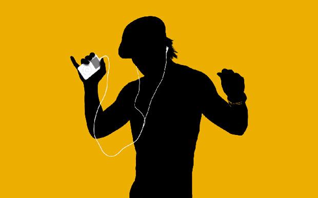 Как сохранить музыку на айфоне
