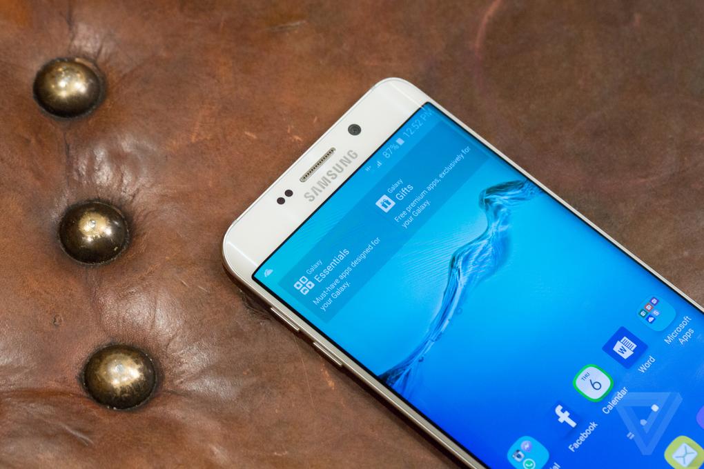 Samsung анонсировала 5.7-дюймовый флагман Galaxy S6 edge+