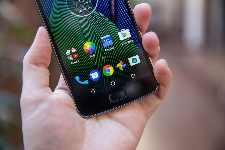 MWC 2017: представлены мобильные телефоны Moto G5 иG5 Plus