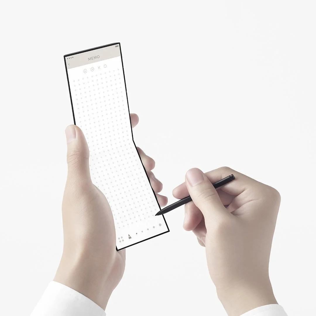 Oppo представила концептуальный слайдфон с оригинальным дизайном