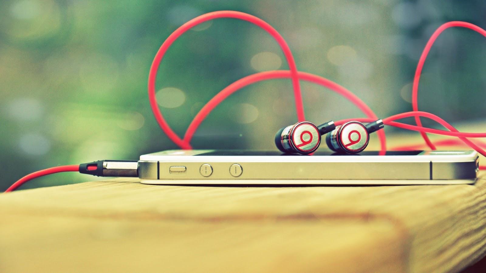 Программа распознает музыку для айфона