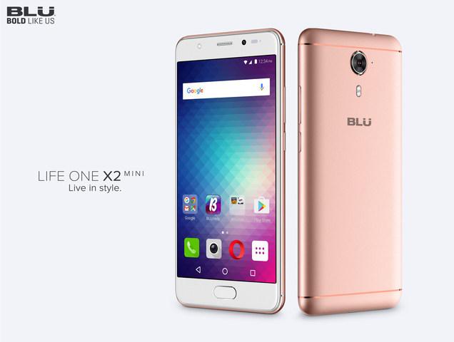 BLU представила смартфон Life One X2 Mini