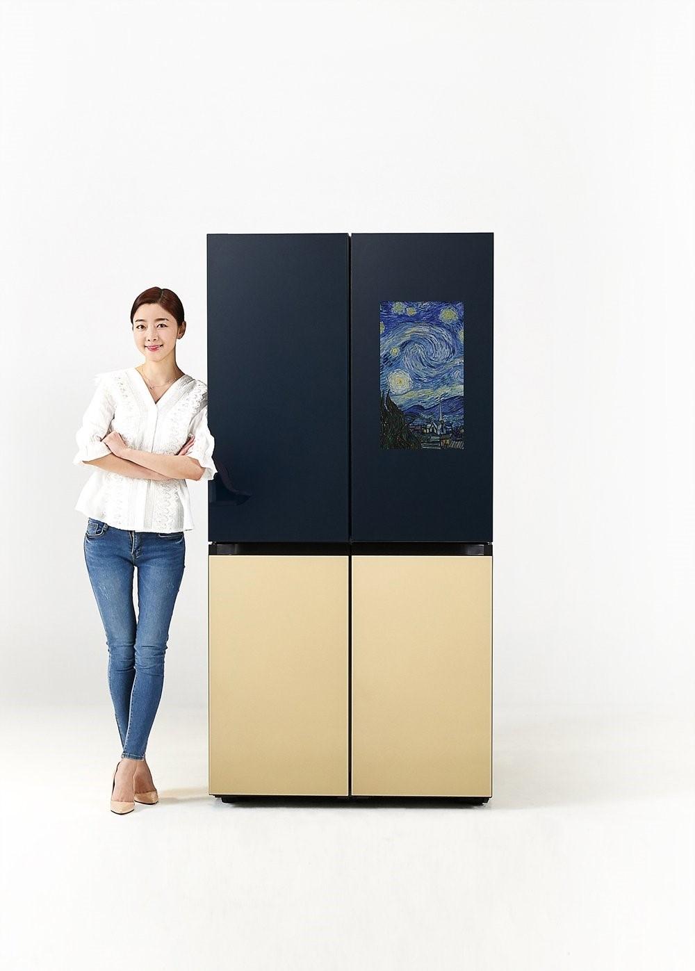 Samsung выпустила умный 4-дверный холодильник Bespoke с функциями Family Hub