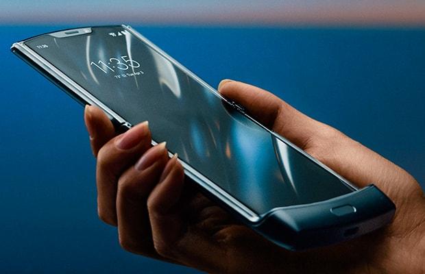 Складной смартфон Motorola Razr 2 может выйти в сентябре