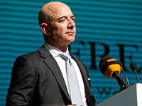 Глава Amazon снова стал самым богатым человеком в мире