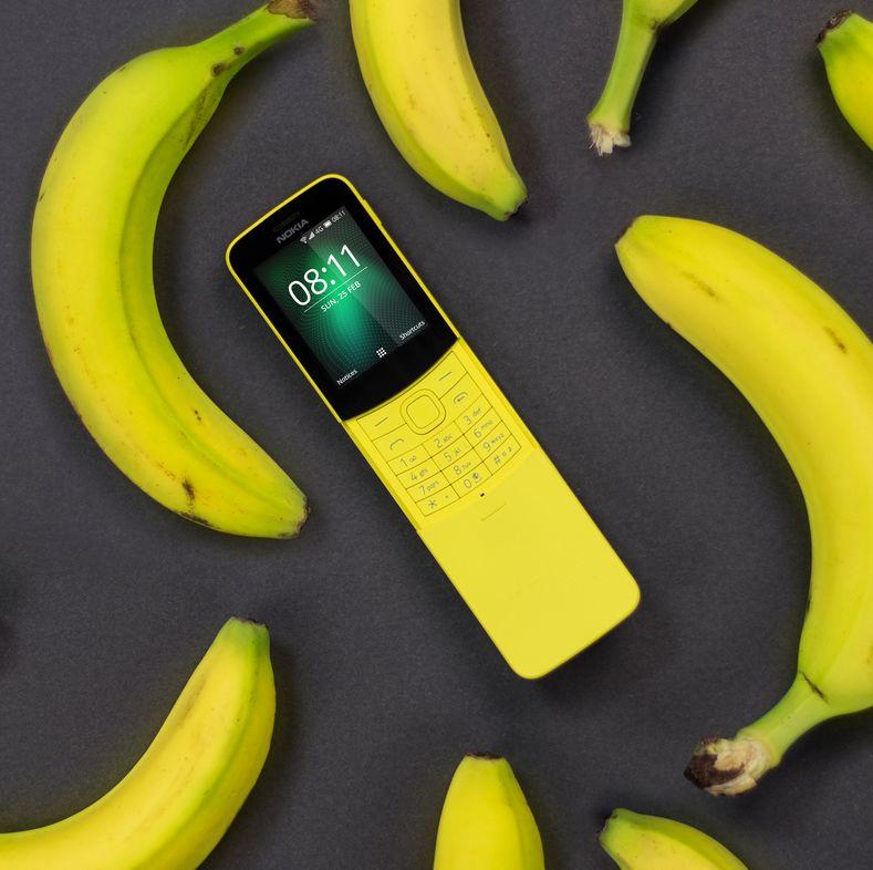 Культовий «бананофон» Nokia 8110 з'явився в продажі в Україні